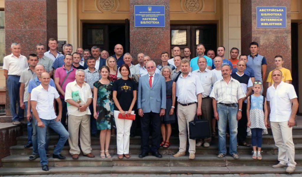 27 серпня відбулася зустріч проф. К. Крайльсгайма з буковинськими науковцями та бджолярами в приміщенні Наукової бібліотеки ЧНУ